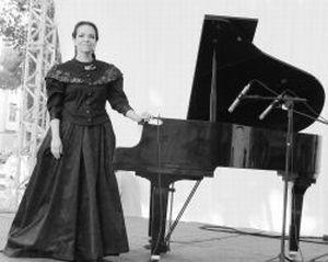 Teresa Madeira se veste de Chiquinha Gonzaga para concerto