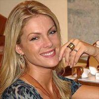 Ana Hickmann é sondada pelo SBT