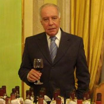 O vinho, seus apetrechos e o design