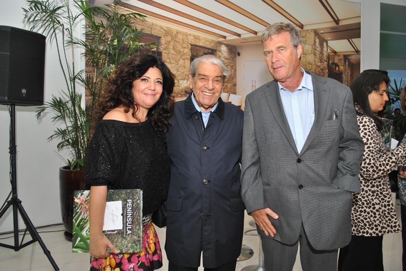 Ana Borelli lança livro sobre Península