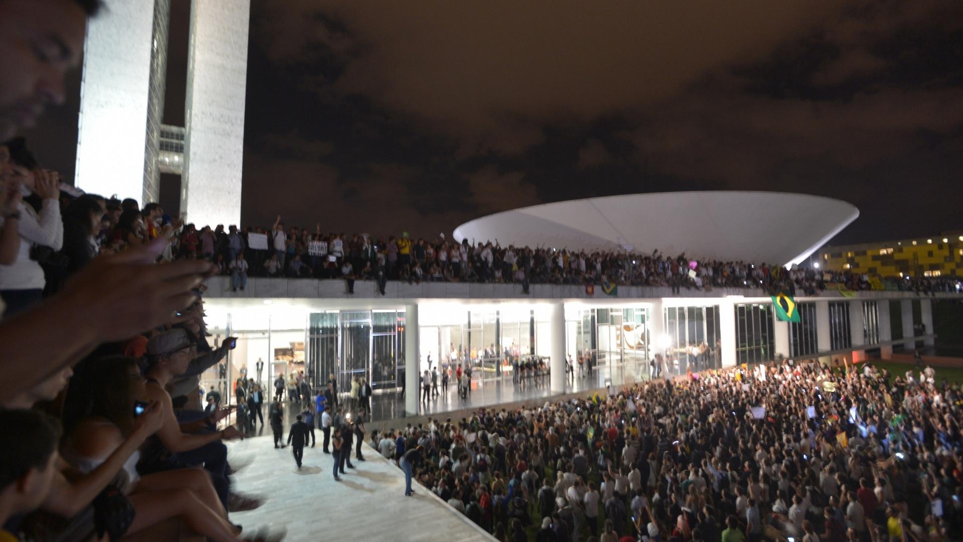 Planalto avalia que protestos não são dirigidos contra governo federal
