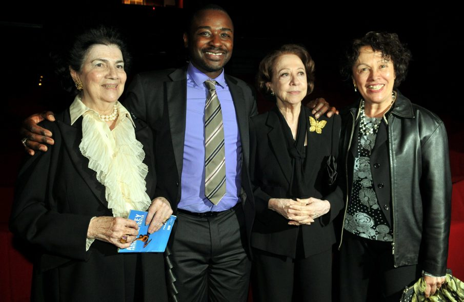 Espetáculo da Alvin Ailey reúne famosos na Cidade das Artes