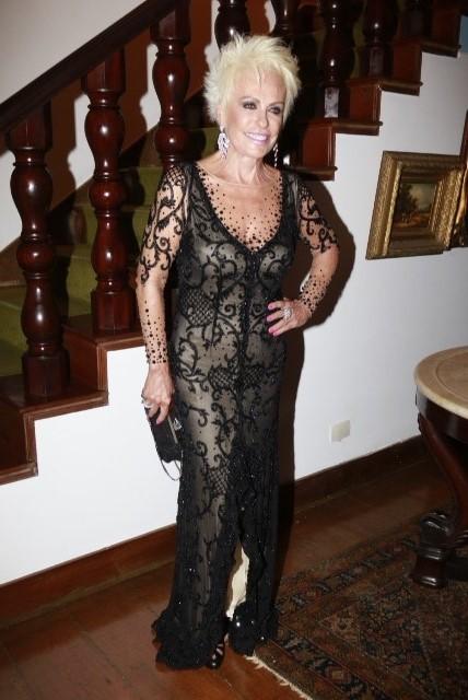 Ana Maria Braga festeja 14 anos de TV Globo
