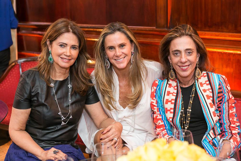 Tarde de moda e joias poderosas no Cipriani