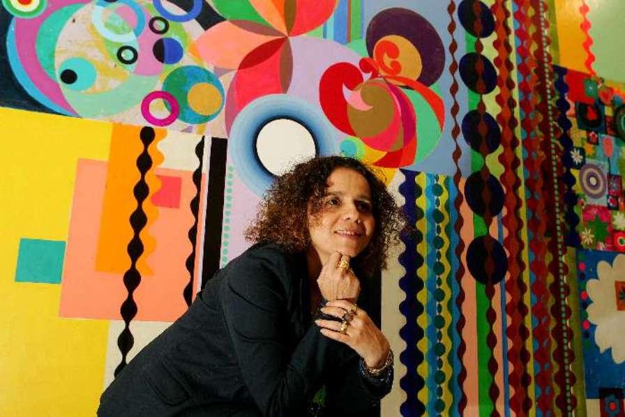 Beatriz Milhazes é uma das artistas que participa da mostra