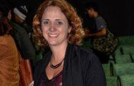 Letícia Isnard se emociona com documentário