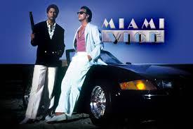 1980 – cartaz de apresentação da série Miami  Vice