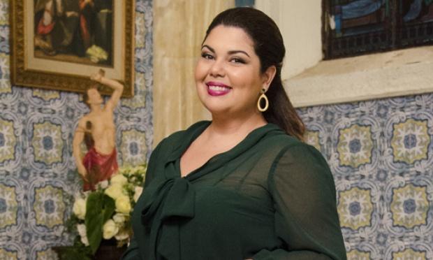 Fabiana Karla vive a gorda Perséfone e comove em Amor à Vida