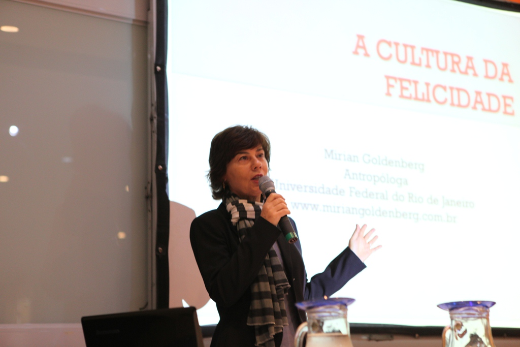 Miriam Goldenberg fala sobre Leila Diniz na Casa do Saber