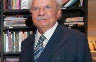 Waldemar Zveiter lança livro sobre judeus