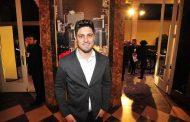 Daniel Rocha emenda novela com teatro
