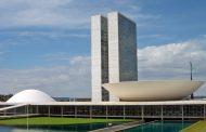 Congresso Nacional em clima de guerra: PT e PMDB brigam por espaço