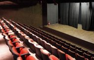 Teatro Eva Herz comemora um ano