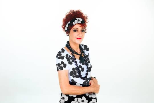 Andrea Dantas estreia peça antes de entrar no ar em novela da Globo