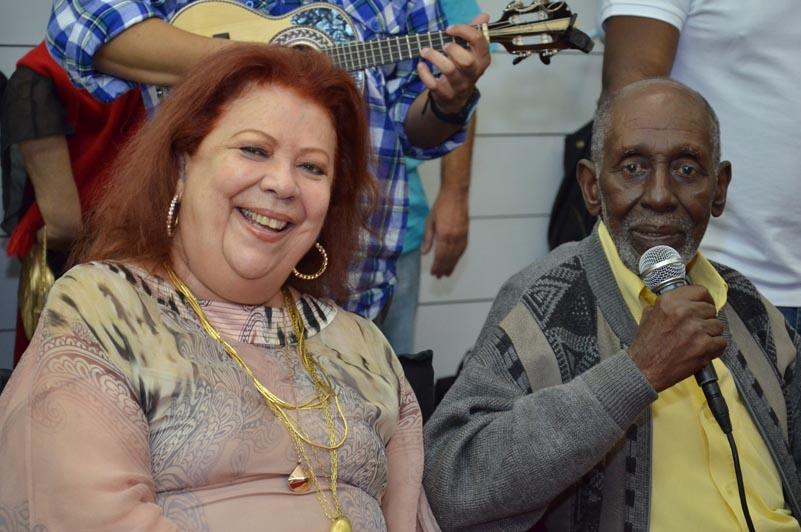 Beth Carvalho comemora 68 anos