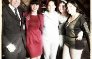 Rosa Aquino comemora aniversário em seu restaurante