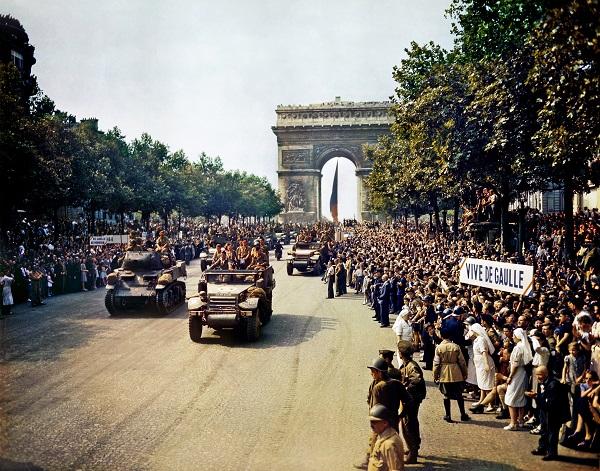 Há 70 anos Paris era liberada