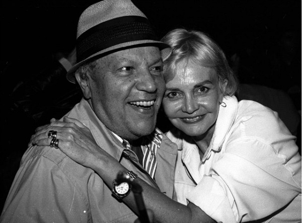 Guilherme e uma de suas grandes amigas, a saudosa Claude Amaral Peixoto