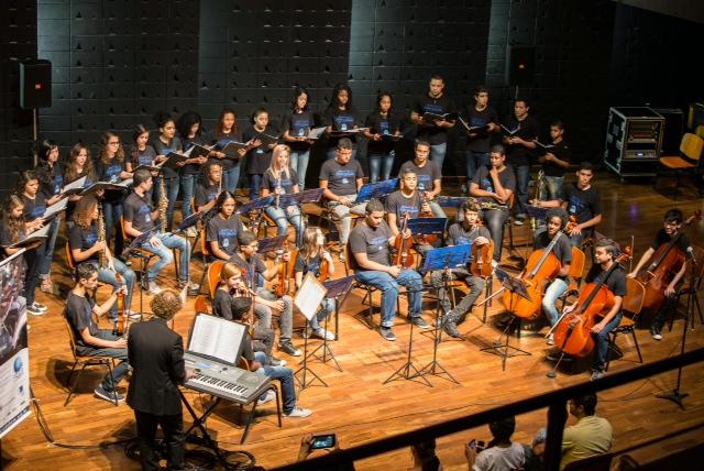 Concerto da Orquestra e Coro Nova Sinfonia