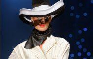 Olhar o 2° capitulo da novela fashion week Paris. Adeus,  Jean Paul Gaultier