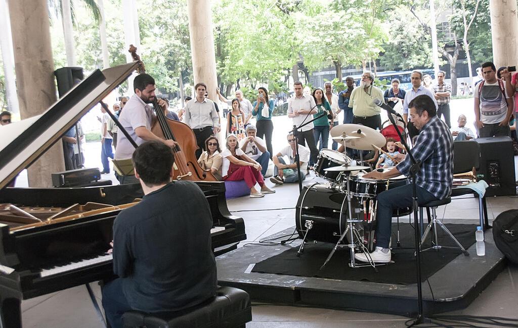 Música no Pátio do Capanema