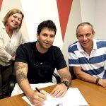 Empresa do cantor Raphael Lós firma parceria com a Sony