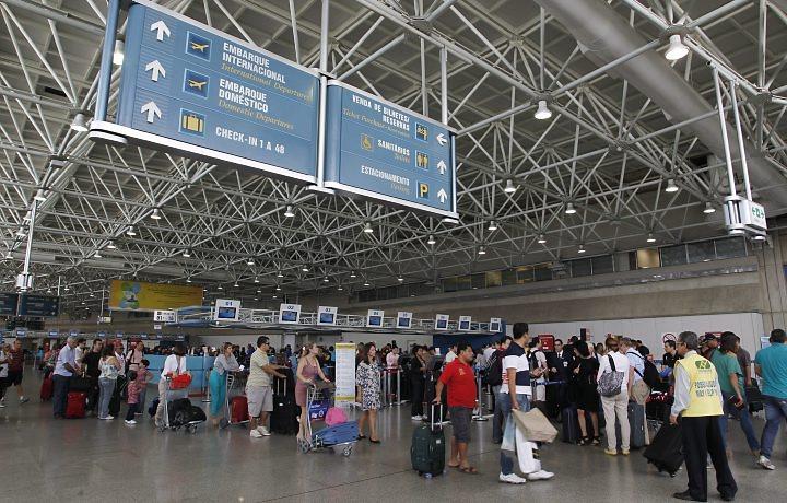 bd5a1d0f62536 Aeroporto Galeão Embarque Gol Terminal   Galeão tom jobim apagão total  portal anna ramalho