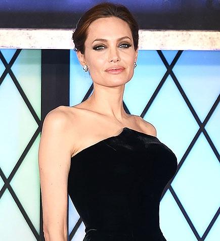 Sobre a Angelina Jolie retirar seus órgãos para não ter câncer