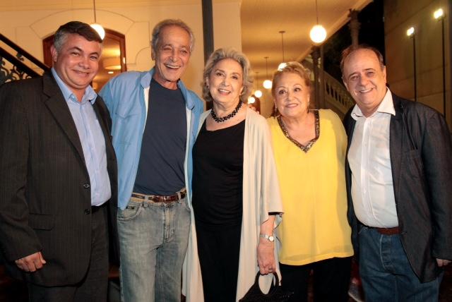 Em Angra, festival premia grandes nomes do teatro