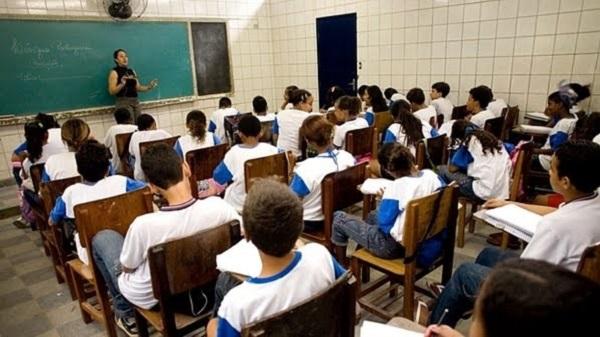 Construam escolas (e não prisões)