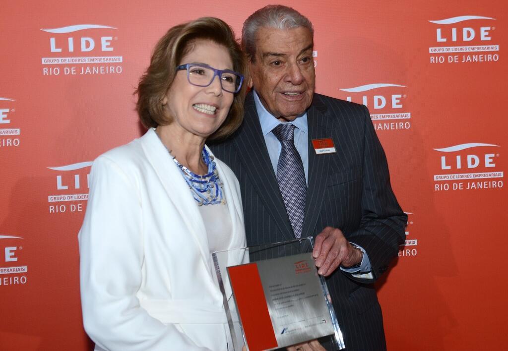 Primeira-dama do RJ, Maria Lúcia Jardim é homenageada pelo Lide-Rio