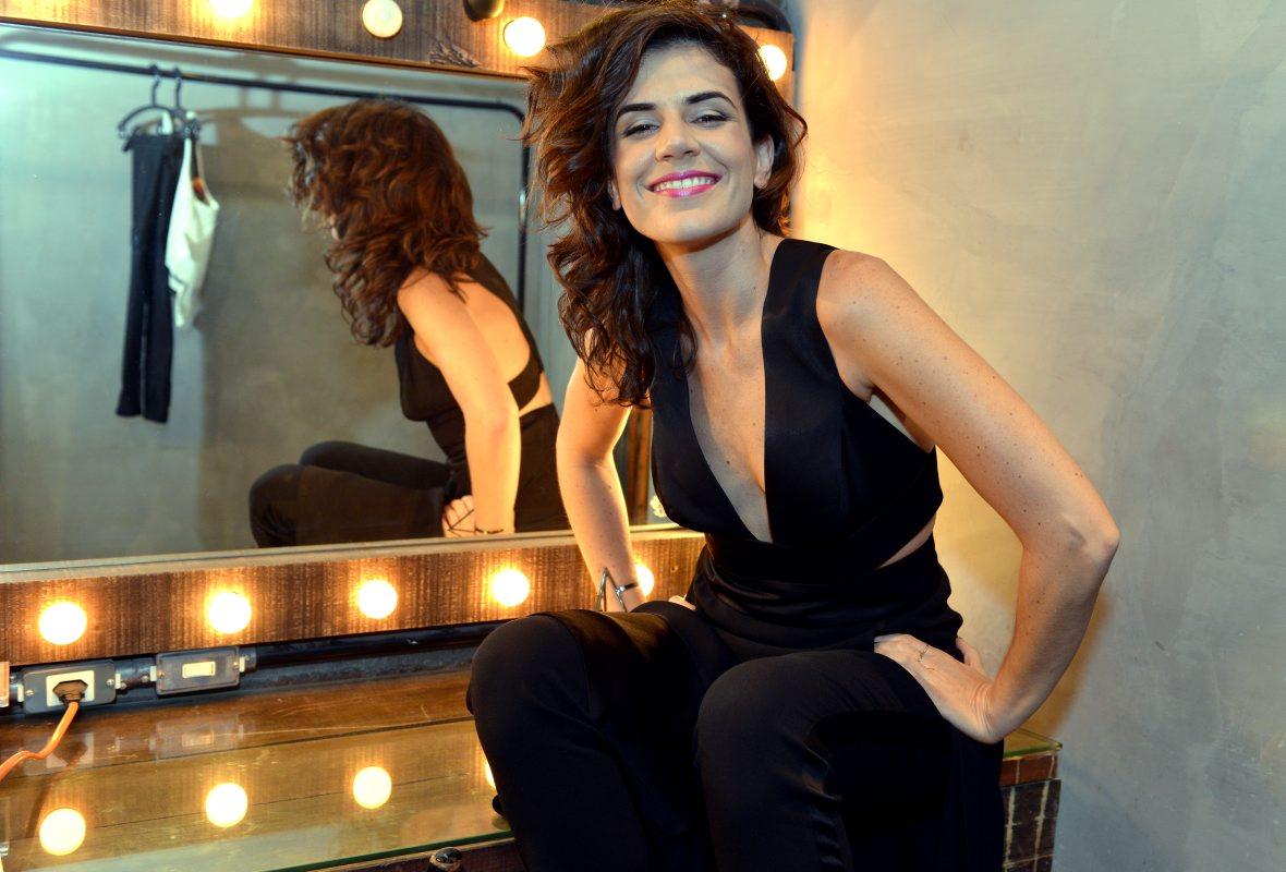 Mariana Aydar se apresenta no Rio com canções de Nuno Ramos