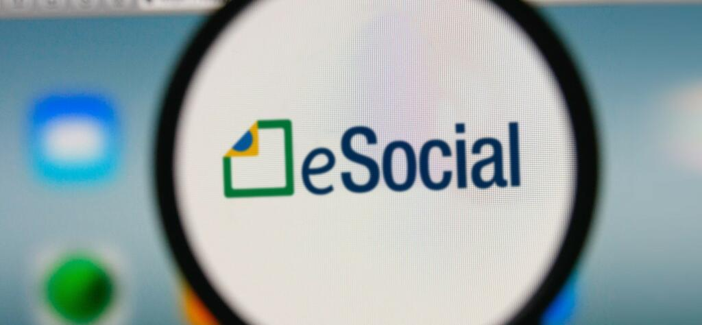Patrões encontram problemas para cadastrar trabalhador doméstico no eSocial