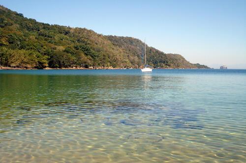 Uma ilha em Angra: mais um elo entre Jonas Suassuna e Lulinha da Silva