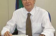 Presidente da Academia Brasileira de Médicos Escritores lança livro no CREMERJ