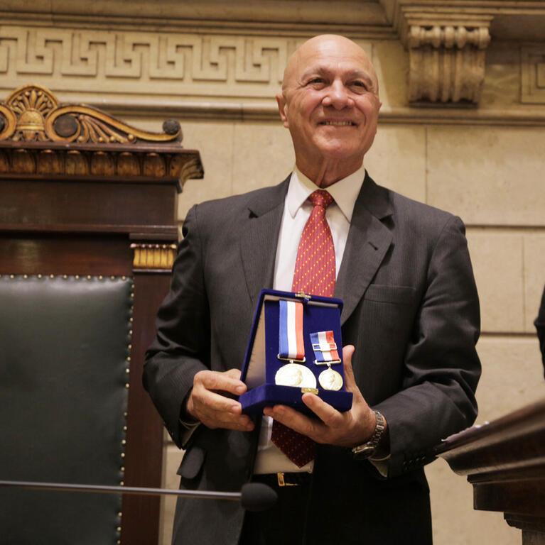 Armando Ahmed recebe homenagem na Câmara do Rio