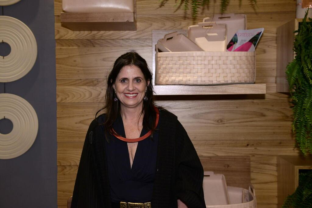 Designer Renata Watson lança a coleção 'Wabi-Sabi'