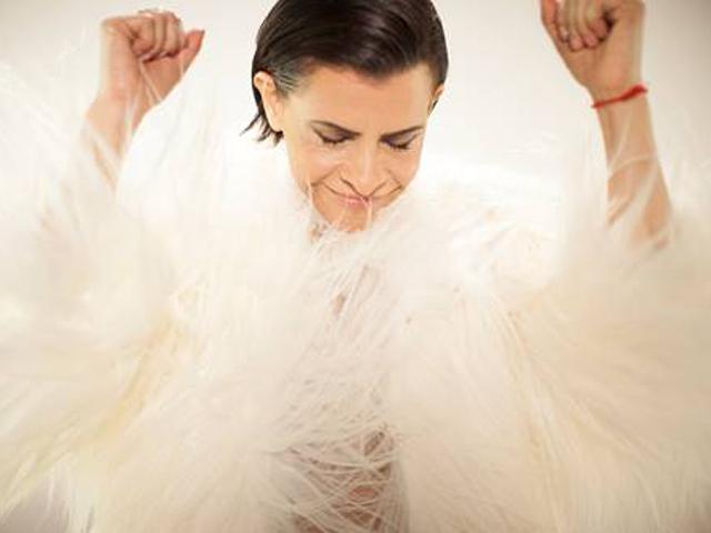 Marina Lima prepara repertório para novo disco