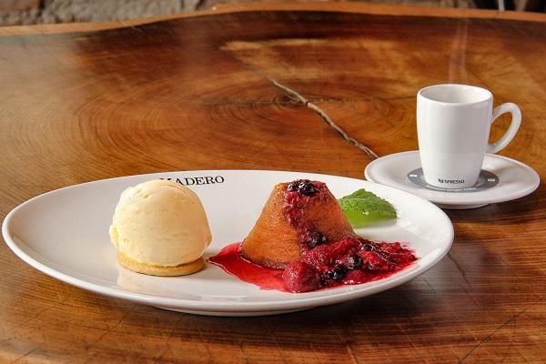 Dia dos Pais no Madero - Petit Gateau de doce de leite