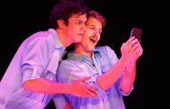 """Mateus Solano e Miguel Thiré voltam aos palcos com """"Selfie"""""""