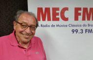 Rádio MEC estreia programa com Ruy Castro