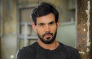 Juliano Cazarré grava 'Vade Retro'