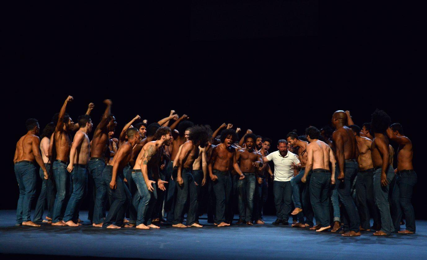 'As Memórias de um Senhor', do coreógrafo francês Olivier Dubois, estreia na Cidade das Artes
