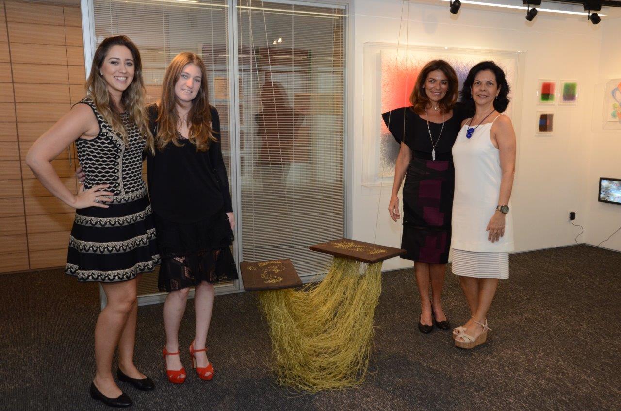 "Martha Pagy abre ""Coletiva em Ipanema"" no Instituto Plajap"