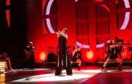 Abreu eleva cotação do mercado pop em show que disseca o amor