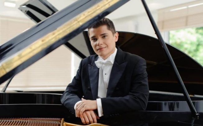 Aleyson Scopel faz concerto na Sala Cecília Meireles