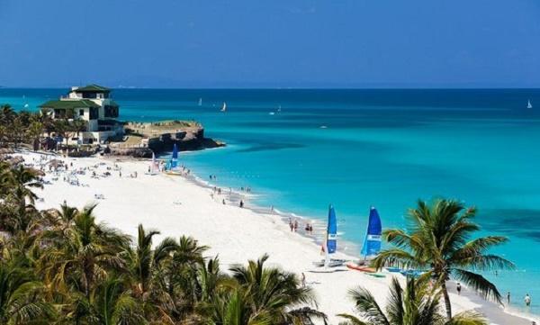 Que Praia! O azul dos mares caribenhos