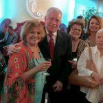 Chicô cercado por suas maiores amigas Marcia Vinhaes, Anna Ramalho, Angela Vinhaes, Anamélia Moraes, Marcia Cabral e Marcia Rocha