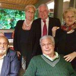 Chicô com os casais José Luiz Alqueres e Luiz de Sanson