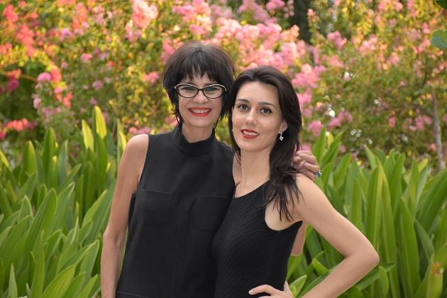 Mãe e filha, Elza e Julia Barroso lançam marca de batons veganos